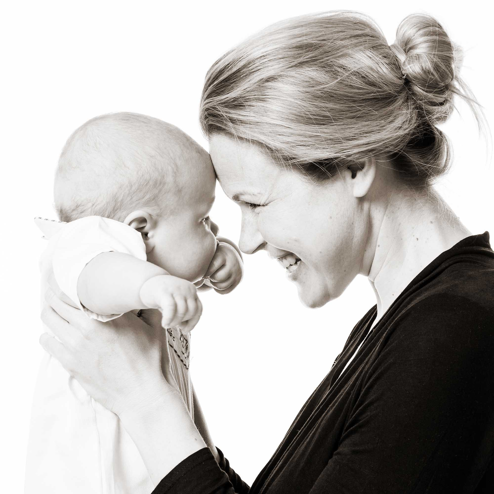 Mother and baby portrait by Eric Pearce Photography