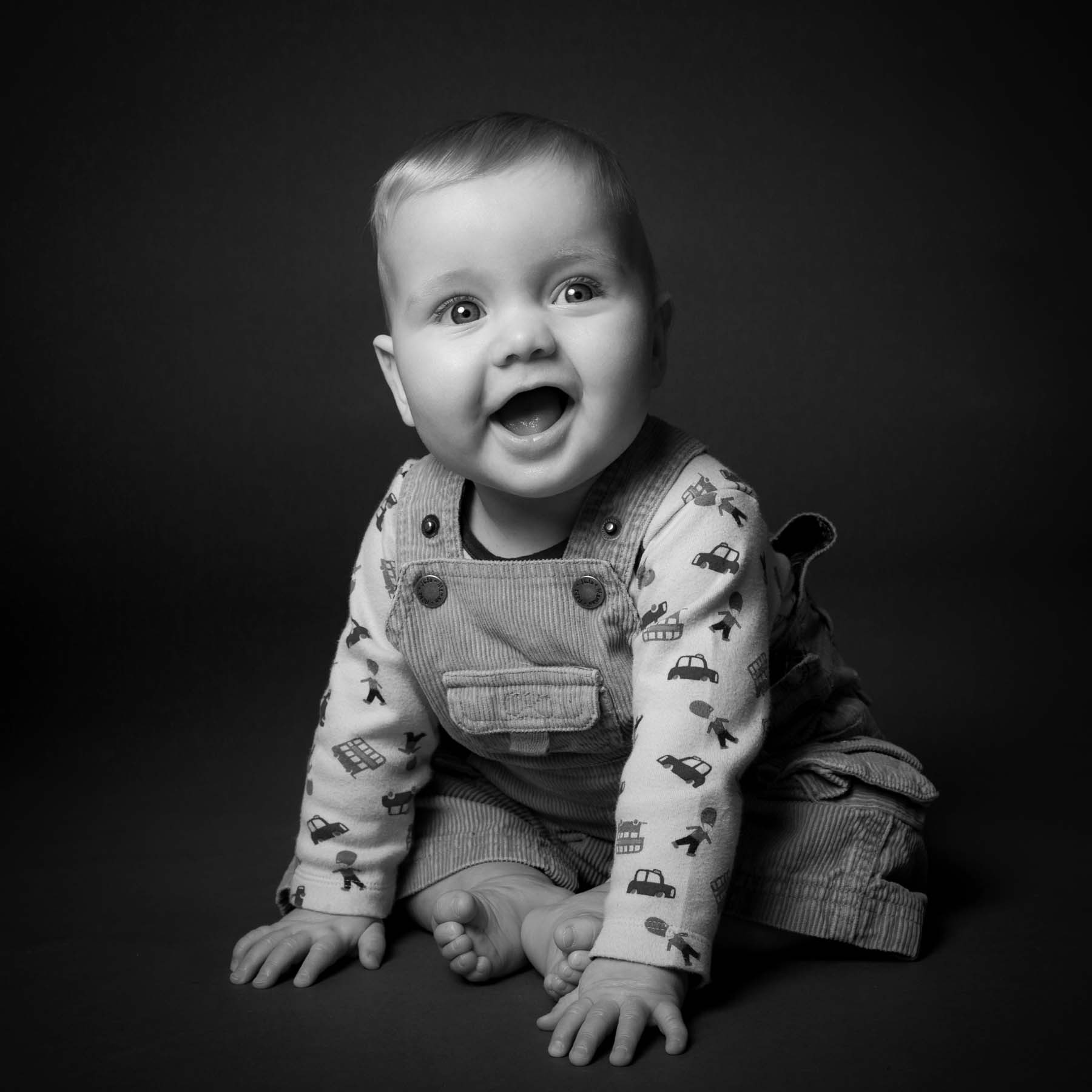 Newborn Baby Photographer in Sussex & Surrey, East Grinstead & Crawley (2)