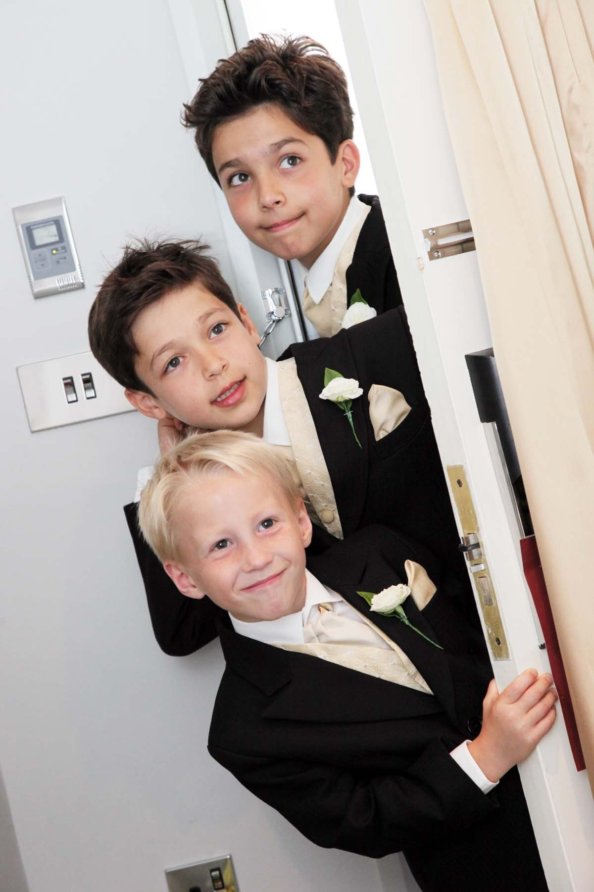 Sussex & Surrey Wedding Photographer - Children (15)