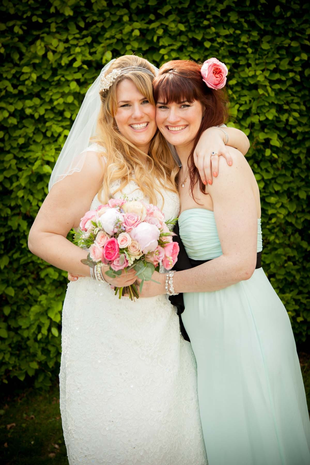 Sussex & Surrey Wedding Photographer - Guests & Groups (10)